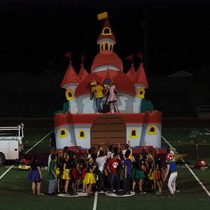 160929 COWBOY SENIORS HOMECOMING FLOAT