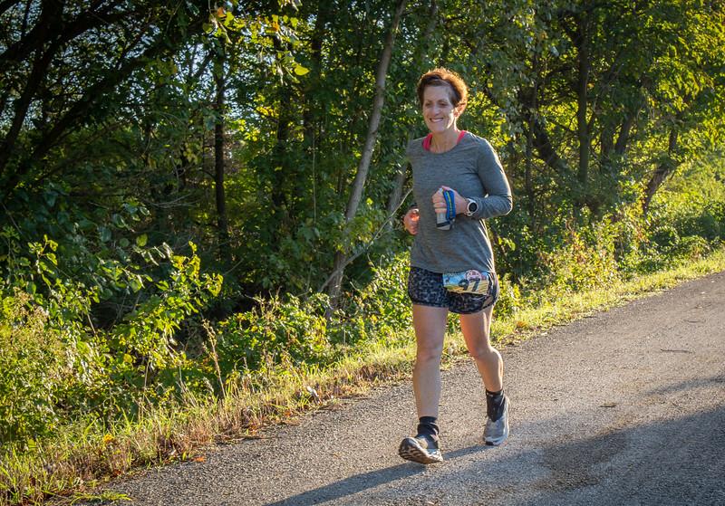 Runners in Hennepin 100 Trail Run, Illinois