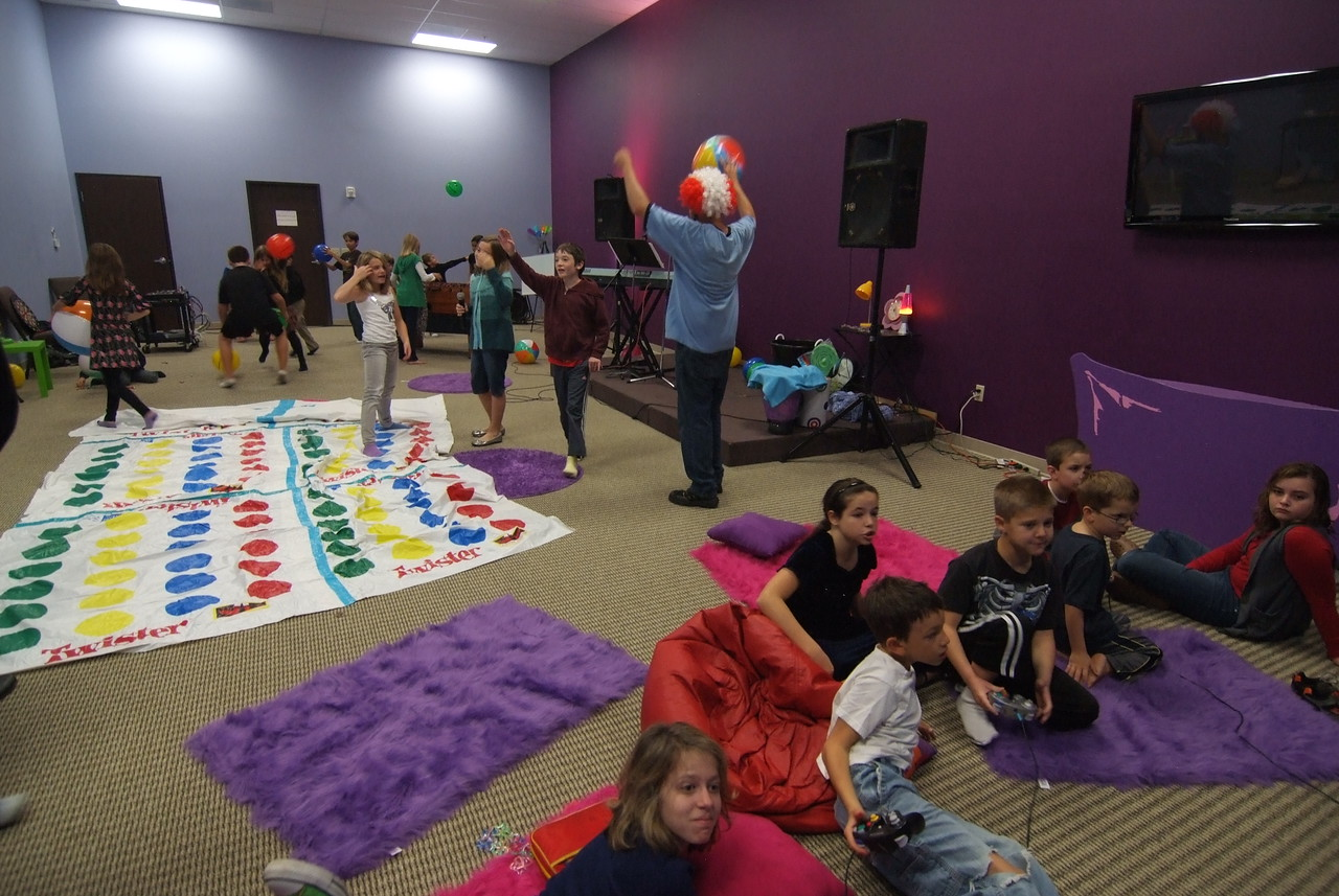 Kids' Church--looks like FUN!!