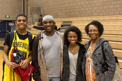 Ejijah (grandson) Robert, Eboni (granddaughter) and Linda
