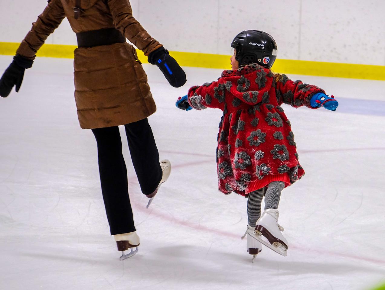 Mom and Daughter skaters.JPG