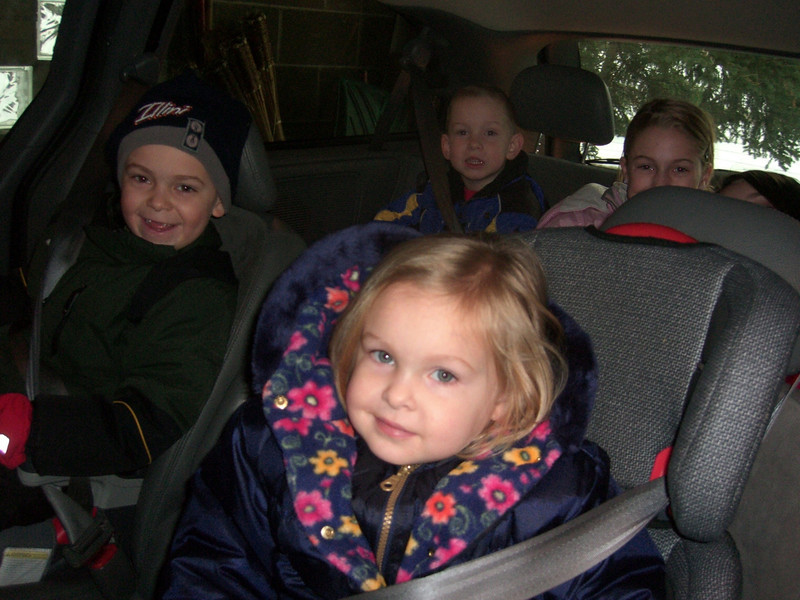A CARFULL OF GRANDKIDS ... AWESOME!