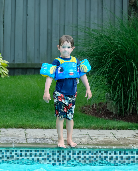 Hunter - loves swimming and jumping in to make a big splash...