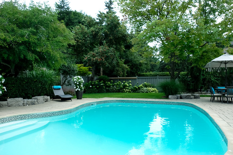 A beautiful August day - warm and tropical!   2PM and pool is ready and awaits guests
