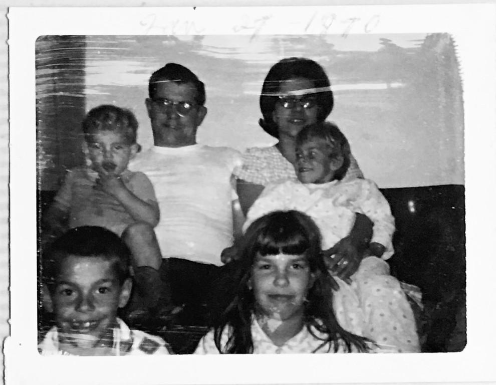 Scott Randall - Maurice Randall - Betty Randall - Teri Randall - Alan Randall - Lori Randall - 1970