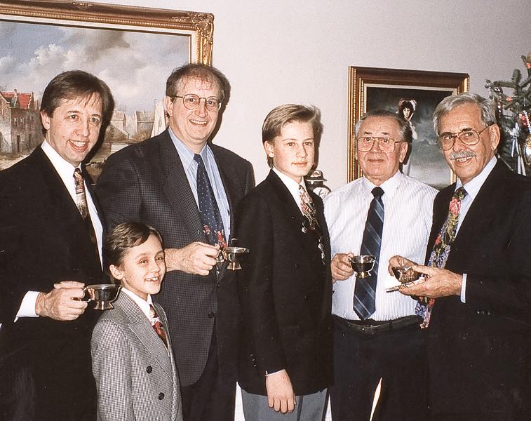 1994  L-R: Richard Sachs, Jon Sachs, John Stevenson, Matthew Sacks, Raymond F, Nick Sacharowicz