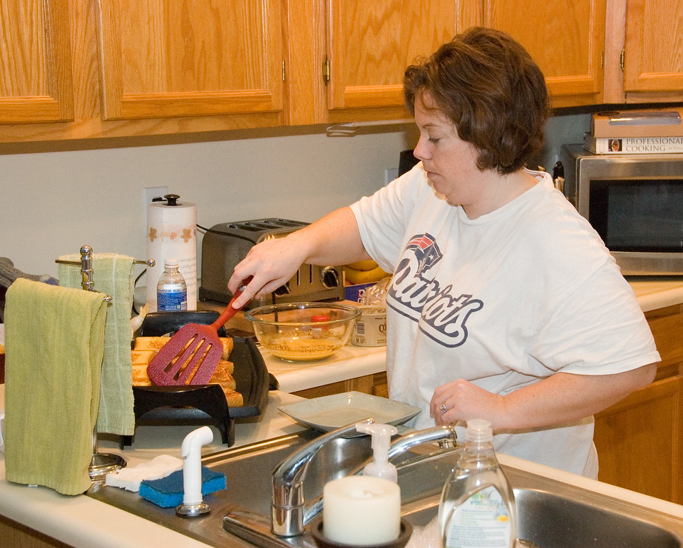 Mom's making Christmas French toast.
