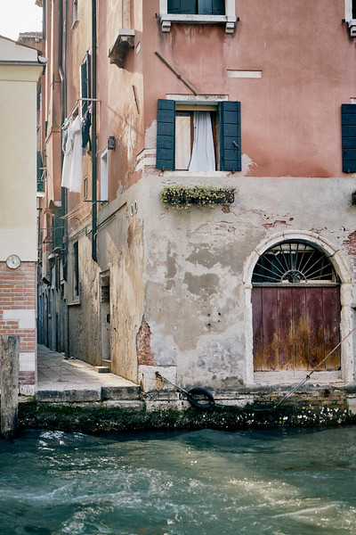 UNCONVENTIONAL ROAD 2 - ITALIAN SERIES