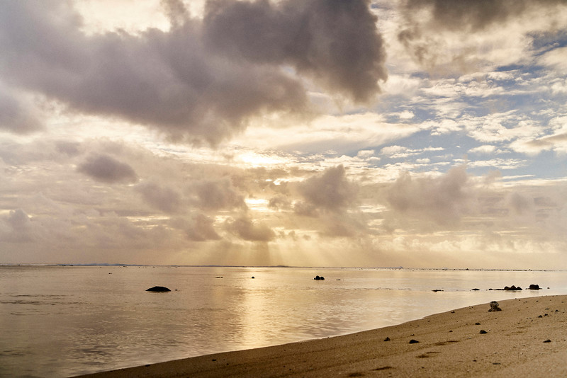 SUNSET IN THE LAGOON - RAROTONGA SERIES