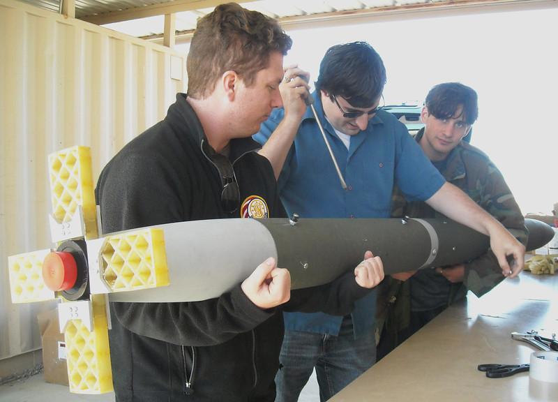 Cal-Poly Pomona 2012 USLI students doing final assembly.