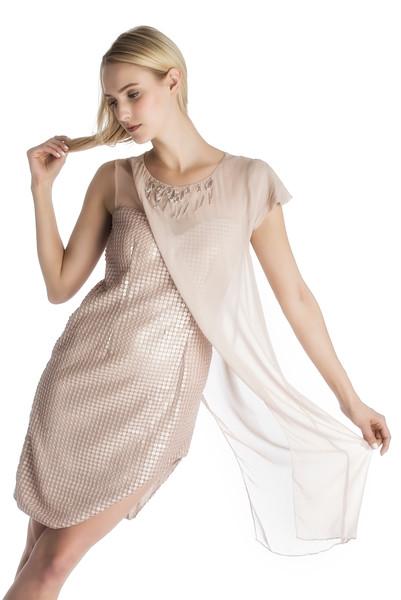 Model: Erin Mulcahy (Charm Model Management), Wardrobe Styling (Tina Tandon); Hair Syling and MUA Besa Hoti