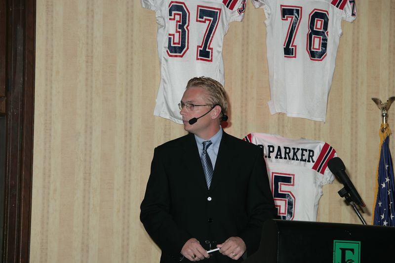 FAU Football Awards Banquet Feb 2005 - 1118