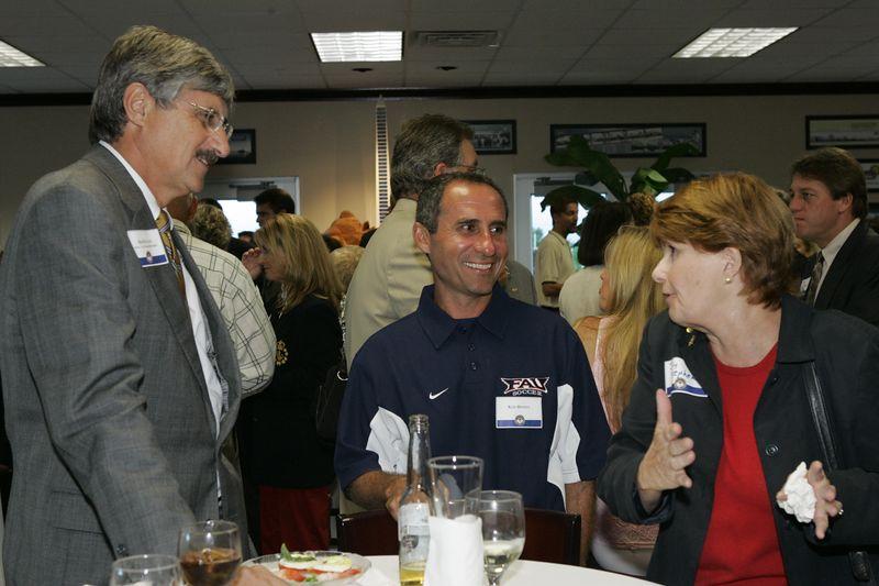 FAU Football Scholarship Reception - August 2004  0028