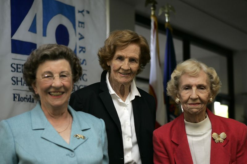 FAU Founding Faculty & Staff Luncheon 25-Oct-2004 - 0012