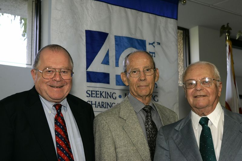 FAU Founding Faculty & Staff Luncheon 25-Oct-2004 - 0018
