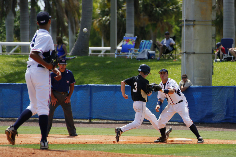 FAU Baseball vs Bryant 2009APR19-1pm-  (312)