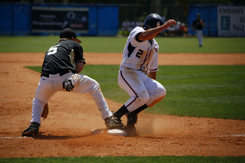 FAU Baseball vs Bryant 2009APR19-1pm-  (287)