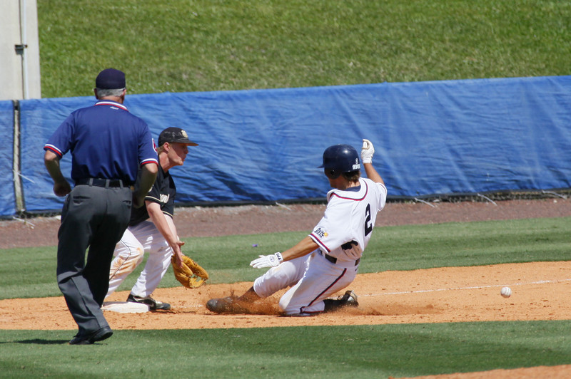 FAU Baseball vs Bryant 2009APR19-1pm-  (410)