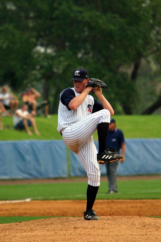 FAU Baseball vs UCF 10Apr04 1PM (16)