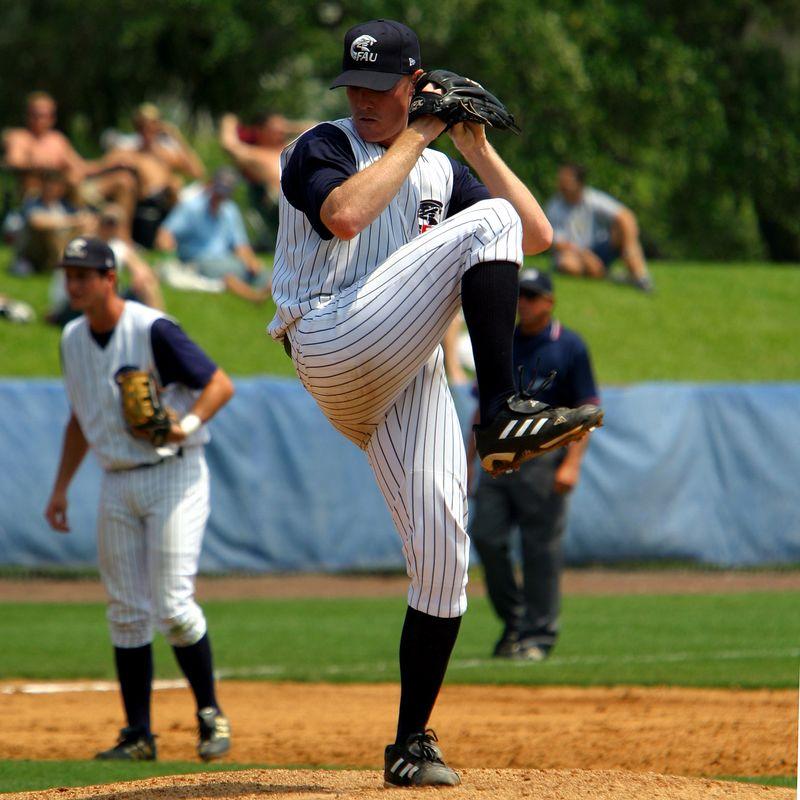 FAU Baseball vs UCF 10Apr04 1PM (23)