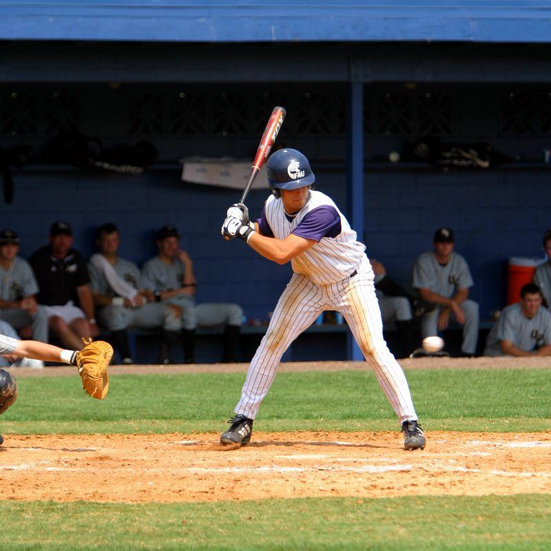 FAU Baseball vs UCF 10Apr04 1PM (37)