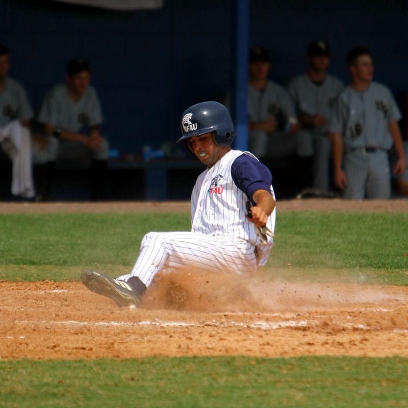 FAU Baseball vs UCF 10Apr04 1PM (25)