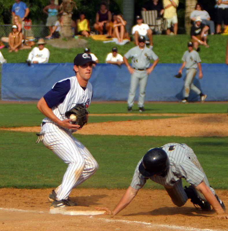 FAU Baseball vs UCF 10Apr04 4PM (4)