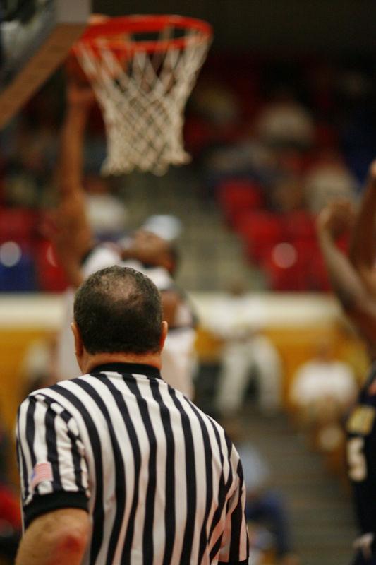 FAU Basketball vs East Tenn State 1051