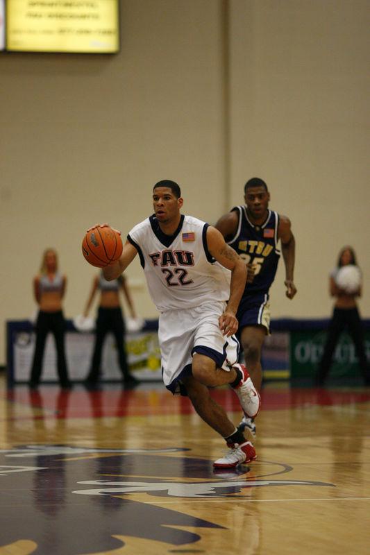 FAU Basketball vs East Tenn State 1020
