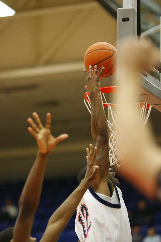 FAU Basketball vs East Tenn State 1010