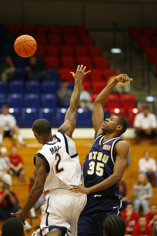 FAU Basketball vs East Tenn State 1008
