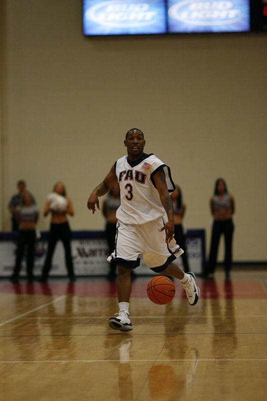 FAU Basketball vs East Tenn State 1026
