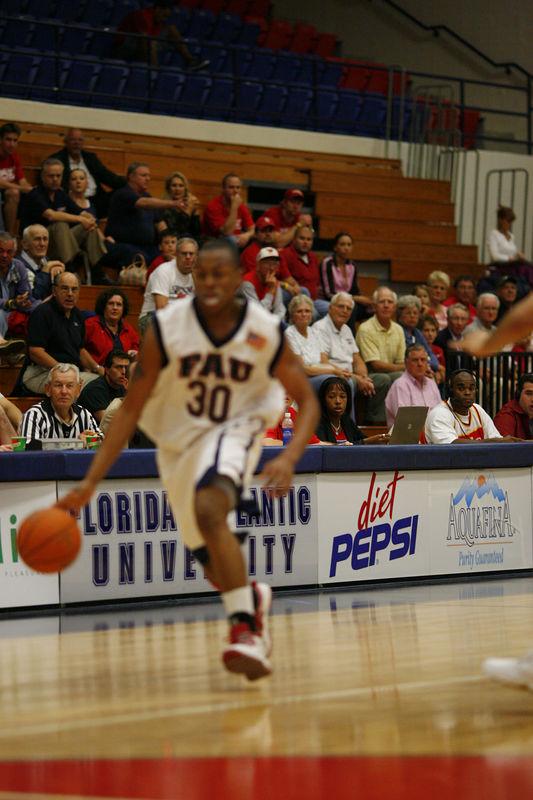 FAU Basketball vs East Tenn State 1041
