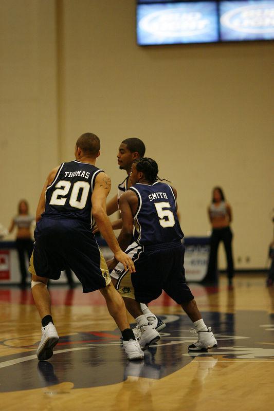 FAU Basketball vs East Tenn State 1039