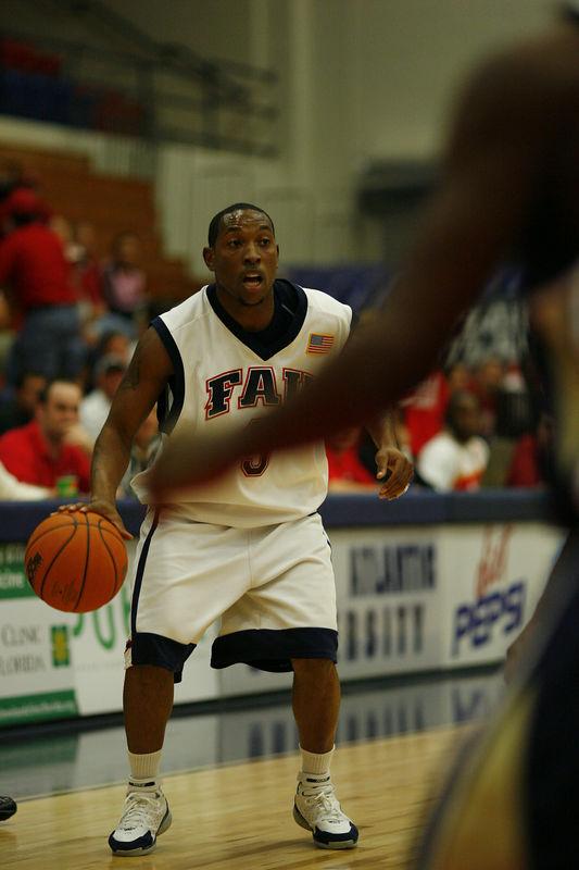 FAU Basketball vs East Tenn State 1030