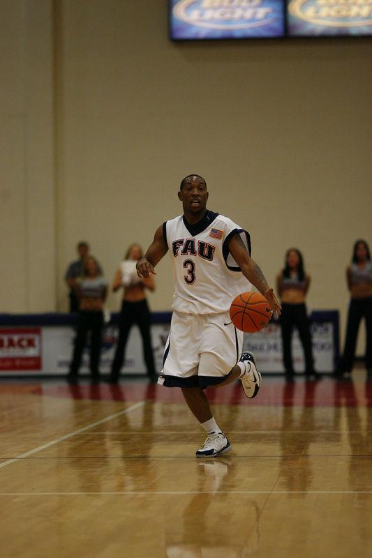 FAU Basketball vs East Tenn State 1027