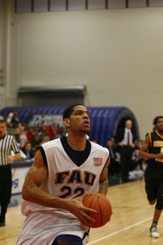 FAU Basketball vs Kennesaw State Univ -1210