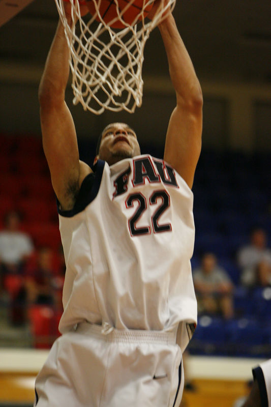 1 FAU Basketball vs Kennesaw State Univ -1703