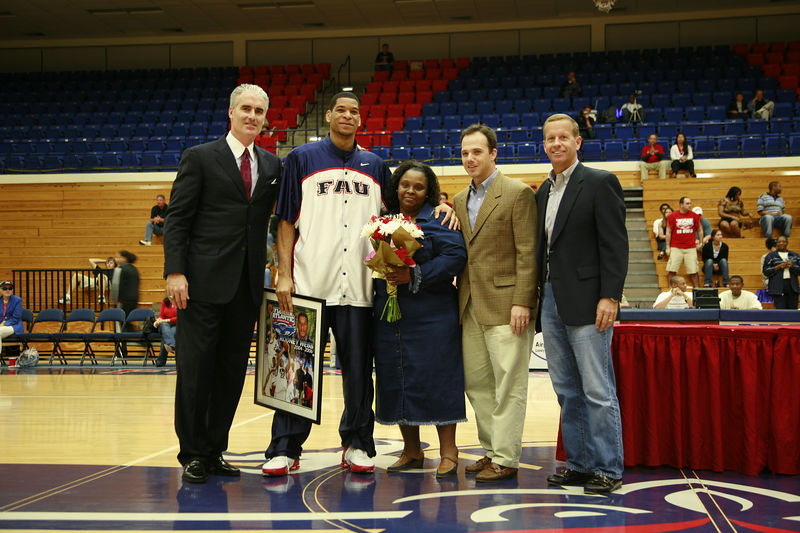 3 FAU Basketball vs Kennesaw State Univ -1838