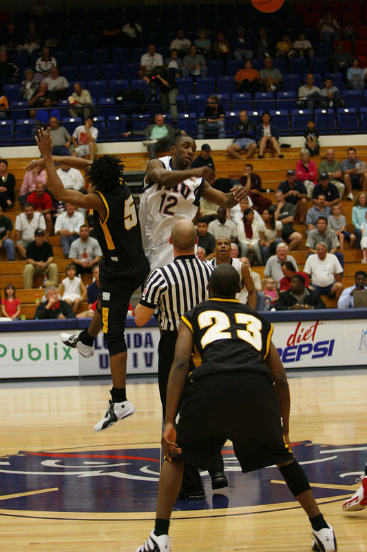 FAU Basketball vs Kennesaw State Univ -1207