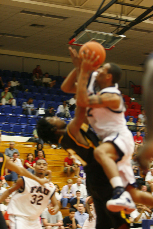 2 FAU Basketball vs Kennesaw State Univ -1573