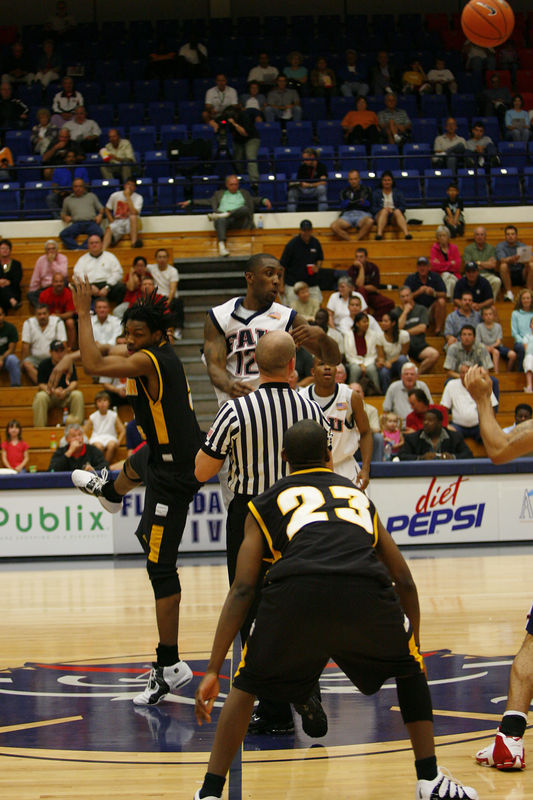 FAU Basketball vs Kennesaw State Univ -1208