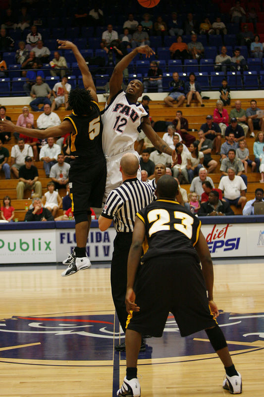 FAU Basketball vs Kennesaw State Univ -1206
