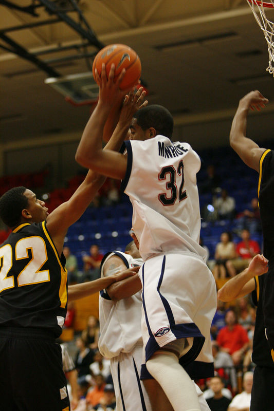 1 FAU Basketball vs Kennesaw State Univ -1335