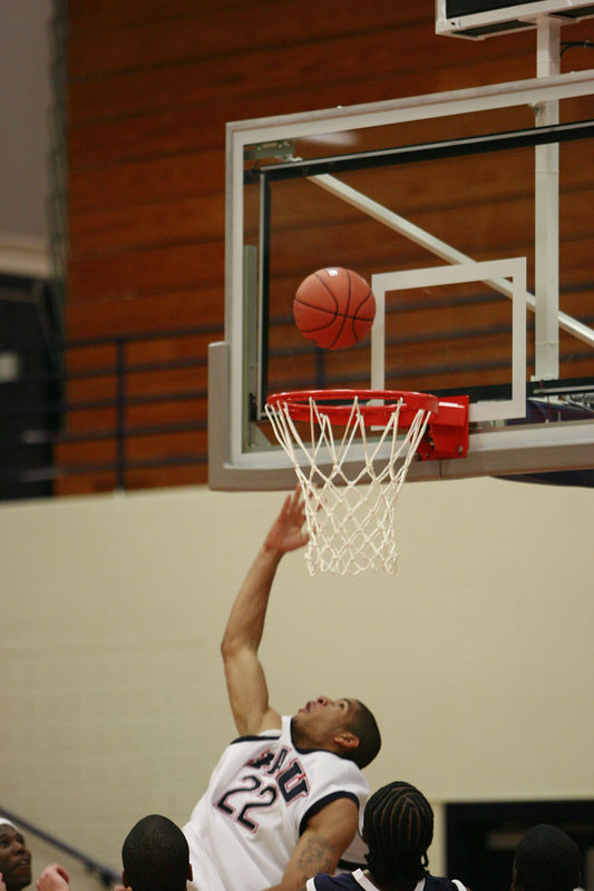 FAU Basketball vs UNF Nov 30 2005 (108)