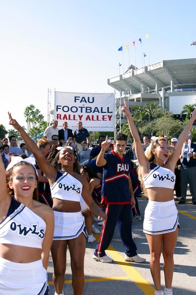 FAU Football vs FIU 23nov02 048