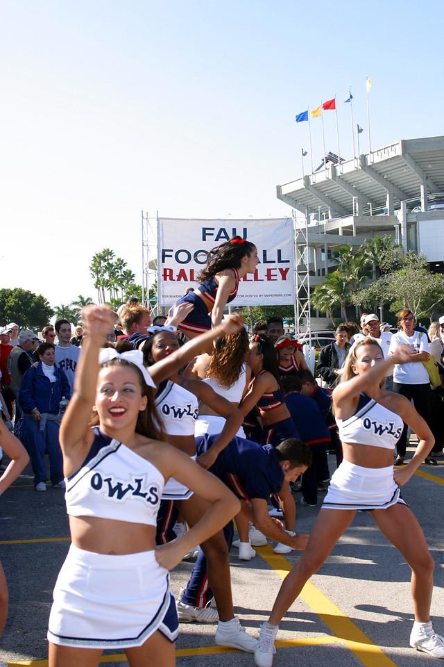 FAU Football vs FIU 23nov02 049