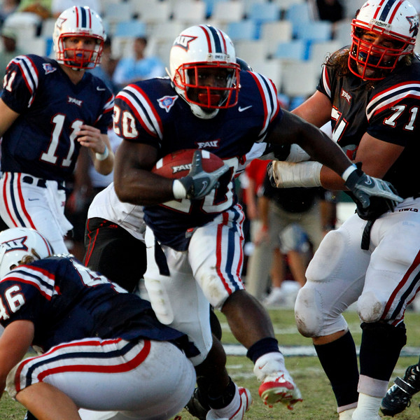 FAU vs Arkanses St  2007Nov10 -  (871)sq