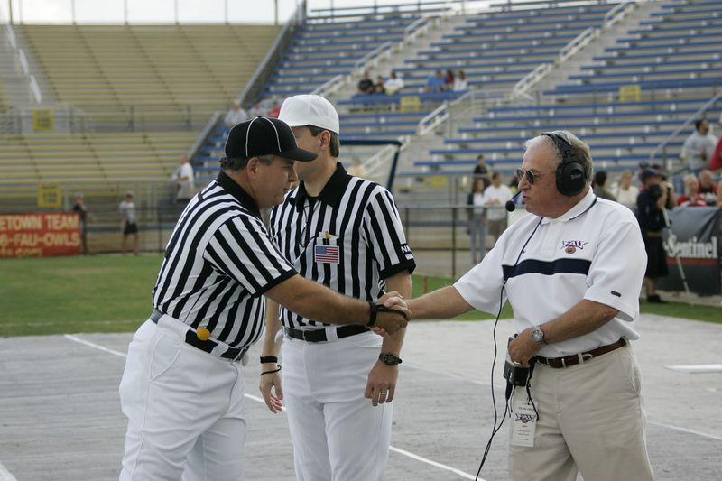 FAU Football vs Edward Waters 2004 27NOV-00046