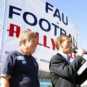 FAU Football vs FIU 23nov02 0038